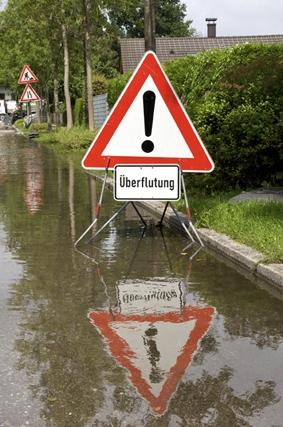 Duesseldorf-Info.de - Düsseldorf Infos & Düsseldorf Tipps | ERGO Verbraucherinformation - Hochsommer: Versicherungsschutz bei Unwetter
