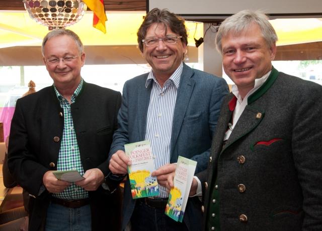 Bayern-24/7.de - Bayern Infos & Bayern Tipps | Bürgermeister Albert Hingerl (m.) stellte zusammen mit dem Festwirt Bernd Furch (r.) und Ludwig Schweiger von der Brauerei Schweiger das Festprogramm für das Poinger Volksfest vor