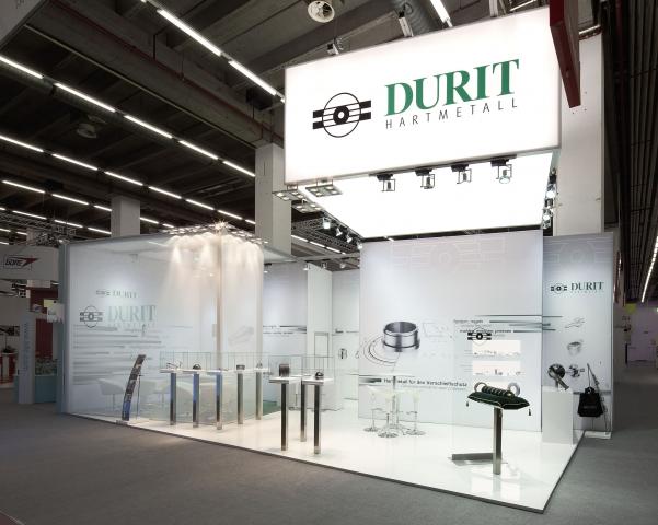 Saarland-Info.Net - Saarland Infos & Saarland Tipps | Klar und visionär: Der DURIT-Messestand hebt sich durch sein markenprägendes Design positiv ab.
