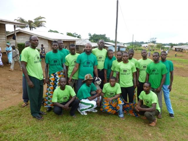 Afrika News & Afrika Infos & Afrika Tipps @ Afrika-123.de | Dorfbewohner in Kamerun protestieren gegen Regenwaldabholzung durch US-Unternehmen