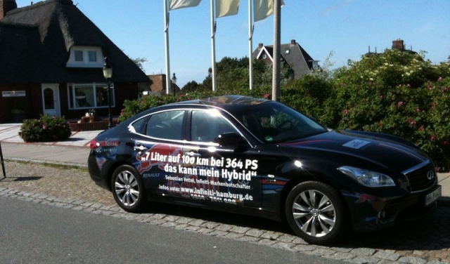 Elektroauto Infos & News @ ElektroMobil-Infos.de. Infiniti M35h vom Infiniti Zentrum Hamburg