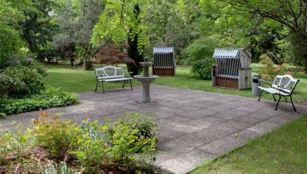 Hotel Infos & Hotel News @ Hotel-Info-24/7.de | Der Garten vom Hotel Carolinenhof