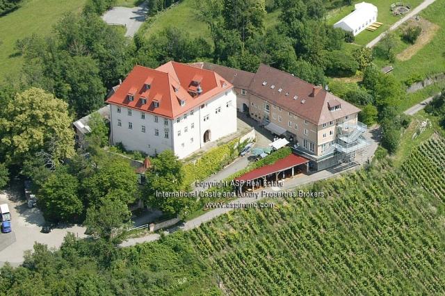 Italien-News.net - Italien Infos & Italien Tipps | Pracht Schloss zu kaufen mit garantierter Rendite von 6 % bei Schlossmakler Auer