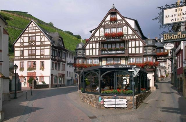 Restaurant Infos & Restaurant News @ Restaurant-Info-123.de | Das Hotel Alte Bauernschänke verwöhnt mit Wein und Wellness
