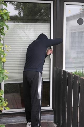 Handy News @ Handy-Info-123.de | ERGO Verbraucherinformation - Einbrecher machen keinen Urlaub