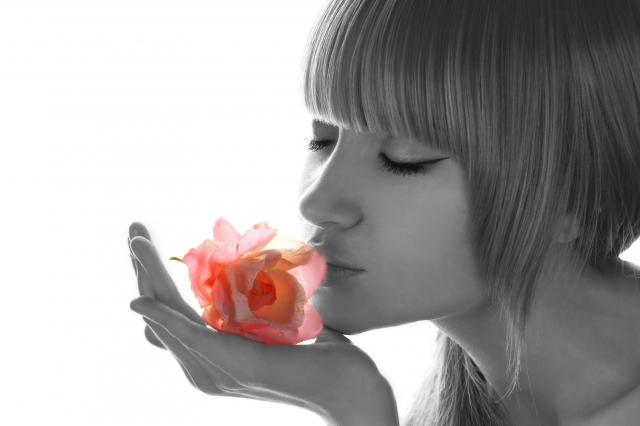 Kosmetik-247.de - Infos & Tipps rund um Kosmetik | Parfümkuss