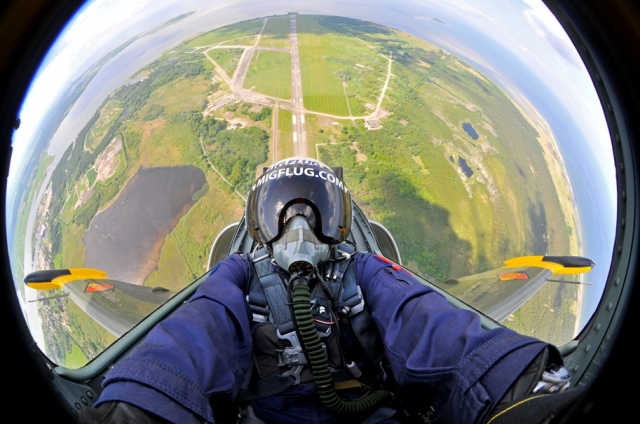 Kanada-News-247.de - USA Infos & USA Tipps | Neu bei Jochen Schweizer: Jet-Flug über Deutschland