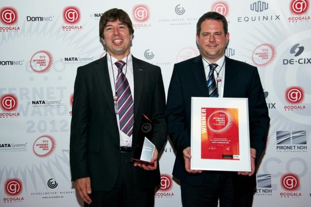 Bayern-24/7.de - Bayern Infos & Bayern Tipps | eco Internet Award 2012 Gewinner in der Kategorie IT-Infrastruktur:  Ingo Kraupa, Vorstandsvorsitzender und Joachim Astel, Vorstand der noris network AG (v. l.)