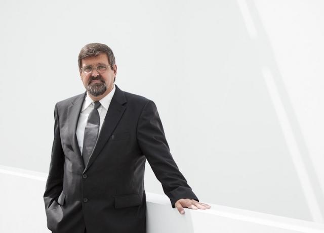Focussiert auf Gewerblichen Rechtsschutz, Geistiges Eigentum, Informationstechnologie und Produkthaftung: Rechtanwalt Dr. Hans-Dieter Weber von der Dortmunder Wirtschaftskanzlei AWPR.