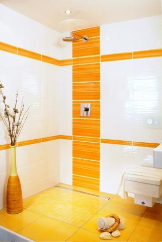 Haussanierung: | Durchgehend geflieste, bodengleiche Duschen mit linearer Duschrinne liegen im Trend. Für zusätzliche Sicherheit sorgt jetzt das neue Duschrinnen-System IndorTec FLEX-DRAIN von Gutjahr – dank innovativer zweiter Entwässerungsebene.