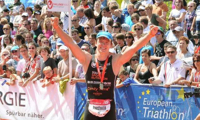 Sport-News-123.de | Konstantin Bachor Ziel Challenge Roth