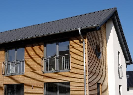 Haussanierung: | Beispiel Holzhaus