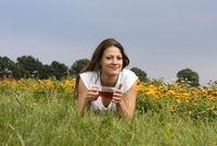 Amerika News & Amerika Infos & Amerika Tipps | Kräuter-Teemischungen haben einen wohltuende Wirkung auf Körper und Sinne. Aus biologischem Anbau stammen die 20 verschiedenen Teemischungen der Teemanufaktur