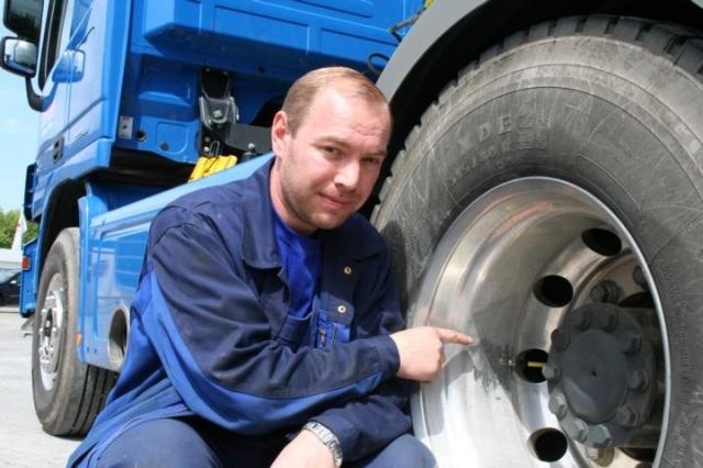 Die robusten und biegsamen Air-Flexx Ventilverlängerungen sind ein Sicherheitsgewinn fürs Reifenmanagement.