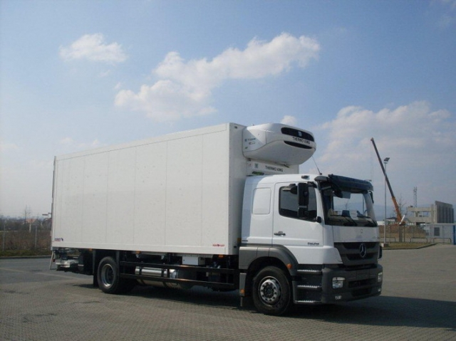 Berlin-News.NET - Berlin Infos & Berlin Tipps | Kühlfahrzeug mit Thermo King-Kühlmaschine für den Transport von Blutplasma (Bildquelle: EURAM)