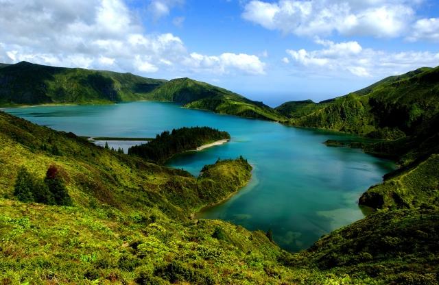 Europa-247.de - Europa Infos & Europa Tipps |  Vulkanlandschaft auf der Azoreninsel Sao Miguel