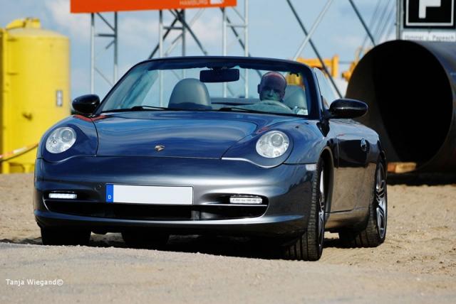 Porsche 911/996 mit Scheinwerferblende von www.911erlook.com