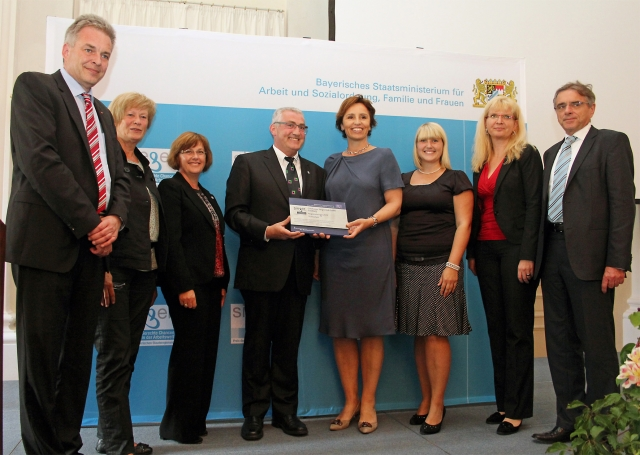 Medien-News.Net - Infos & Tipps rund um Medien | Auszeichnung der SIEgER in München. Foto: Günzburger Steigtechnik