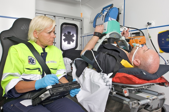 Technik-247.de - Technik Infos & Technik Tipps | Aus Rettungsassistenten sollen künftig Notfallsanitäter werden.