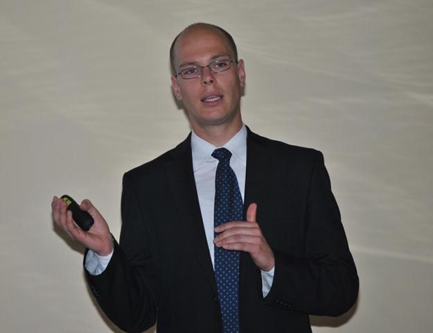 Berlin-News.NET - Berlin Infos & Berlin Tipps | Auf dem POWERLINK Day 2012 informierten sich Automatisierungs-Hardwarehersteller in zahlreichen Vorträgen rund um POWERLINK und openSAFETY, unter anderem sprach Stefan Schönegger, Geschäftsführer der EPSG