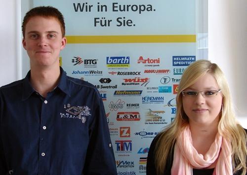Polen-News-247.de - Polen Infos & Polen Tipps | Tobias Schäfer (li.) und Carina Kling haben ihre Ausbildung bei VTL mit Bravour abgeschlossen.