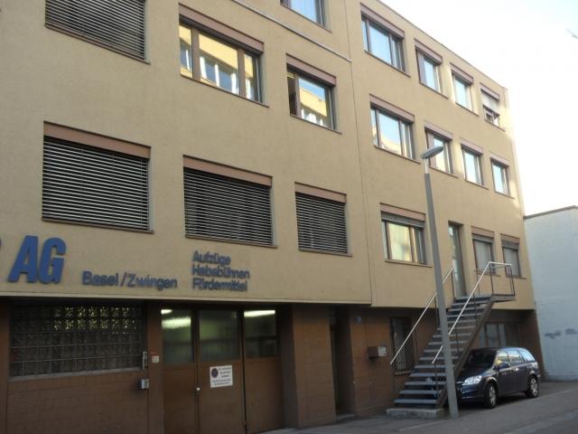 Schweiz-24/7.de - Schweiz Infos & Schweiz Tipps | Frontansicht, Gebäude