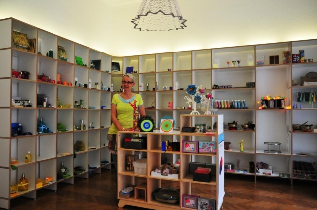 Musik & Lifestyle & Unterhaltung @ Mode-und-Music.de | Manuela Seith, Inhaberin von Energie & Farbe - der Laden in Karlsruhe