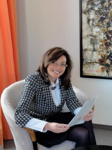 News - Central: Privatklinik Vitalitas, Fr. Weber im Pressegespräch