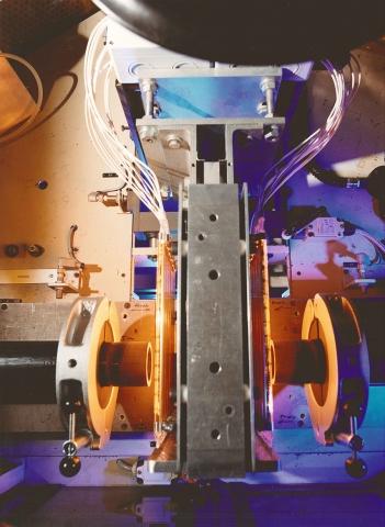 Australien News & Australien Infos & Australien Tipps | Infrarot-Wärme hilft partikelfrei Kunststoffrohre zu verschweißen.