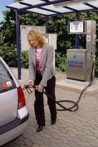 Alternative & Erneuerbare Energien News: Mit einem Marktanteil von knapp 80 Prozent bei den alternativen Antriebsarten ist Autogas weiterhin mit großem Vorsprung Marktführer in Deutschland.