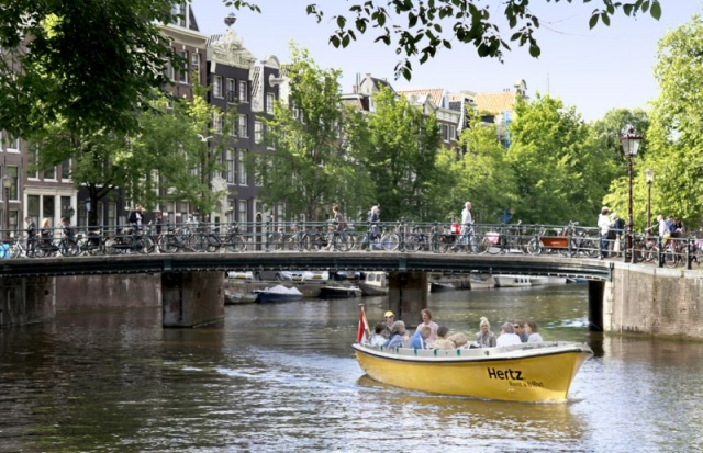 Canal Cruiser von Hertz