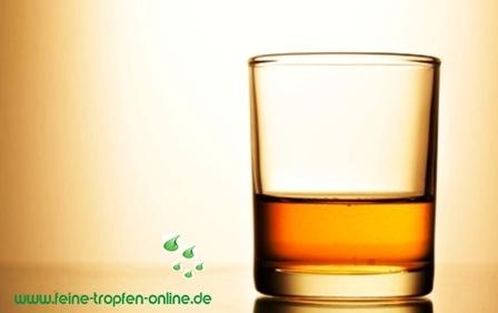 Ein Glas feinen Whisky