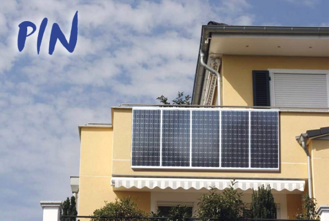 Niedersachsen-Infos.de - Niedersachsen Infos & Niedersachsen Tipps | PIN - das innovative und steckerfertige Photovoltaik-Komplettsystem von Eco Power Concept - hier angehängt an den Balkon einer Wohnung.