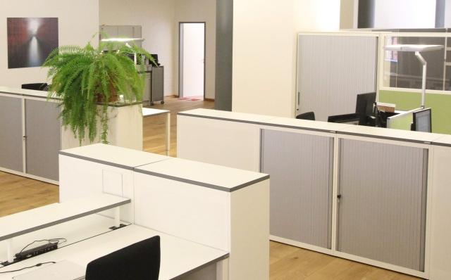 Hamburg-News.NET - Hamburg Infos & Hamburg Tipps | Mauser Einrichtungssysteme Ausstellungsfläche Büromöbel Speicherstadt Hamburg - bei komma,tec redaction