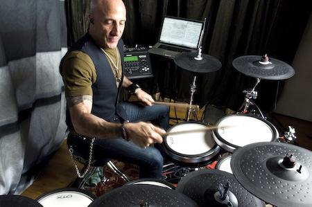 Ciao-Bella-Fans.de | Kenny Aronoff spielt Yamaha DTX-Drums und gibt sein Wissen in Workshops weiter