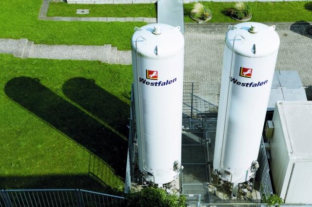 Auto News | Eine stationäre Versorgungsanlage für LOXMED Respadur®, beispielsweise für ein Krankenhaus. Die Arzneimittelzulassung der Westfalen AG gilt für ortsfeste Behälter und mobile Systeme.