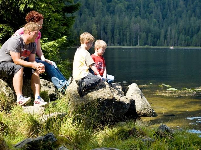 Zoo-News-247.de - Zoo Infos & Zoo Tipps | Wanderrast mit der ganzen Familie am Arbersee im ArberLand Bayerischer Wald