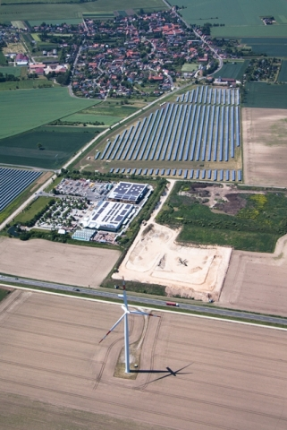 China-News-247.de - China Infos & China Tipps | Luftaufnahme Solarpark WeiÃ?enfels
