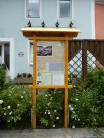 Historisches @ Historiker-News.de | Foto: Informationstafel am Geschichtspfad.