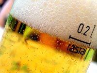Bier-Homepage.de - Rund um's Thema Bier: Biere, Hopfen, Reinheitsgebot, Brauereien. | Foto: Bier als Aperitif?.
