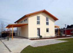 Fertighaus, Plusenergiehaus @ Hausbau-Seite.de | Foto: Das Fertighaus SPEED eignet sich besonders für junge Familien. Bild: tdx/Haas Fertigbau.