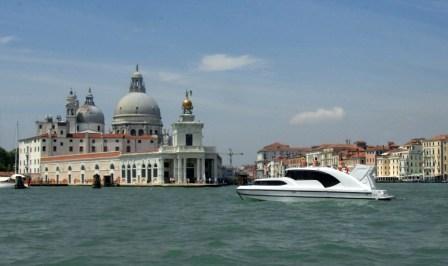 Italien-News.net - Italien Infos & Italien Tipps | Crown Blue Line GmbH