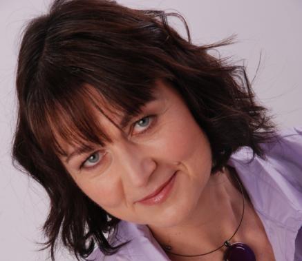 Dr. Karin Benda