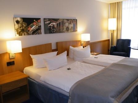 Hotel Infos & Hotel News @ Hotel-Info-24/7.de | Queens Moat Houses Hotel GmbH