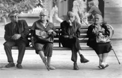SeniorInnen News & Infos @ Senioren-Page.de | Foto: Alt und abgeschoben?