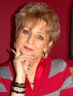 SeniorInnen News & Infos @ Senioren-Page.de | Foto: Sylvia Poth (geb. am 24.03.1956) ist Autorin, Lebensberaterin und Heilungsbegleiterin. Seit Jahren leitet sie die Platon-Praxis und ist mit ihrer Tätigkeit sehr erfolgreich..