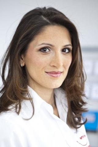 Zahnärztin Dr. Medya Mardi