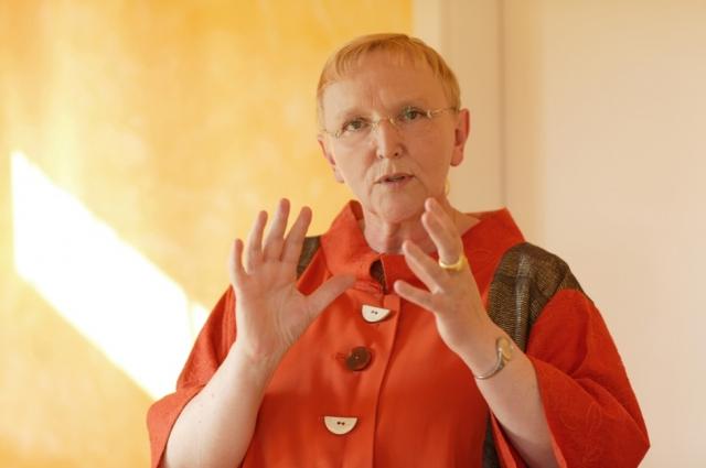 Ost Nachrichten & Osten News | Theresia Maria Wuttke