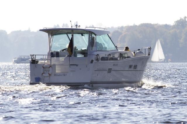 Ost Nachrichten & Osten News | Yachtcharter Palme