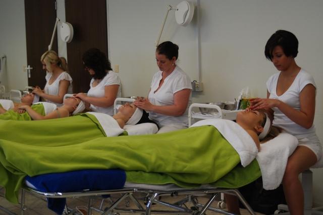 Wellness-247.de - Wellness Infos & Wellness Tipps   Kosmetikschule Norkauer